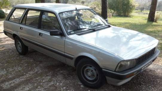peugeot-505-break-8-places.jpg